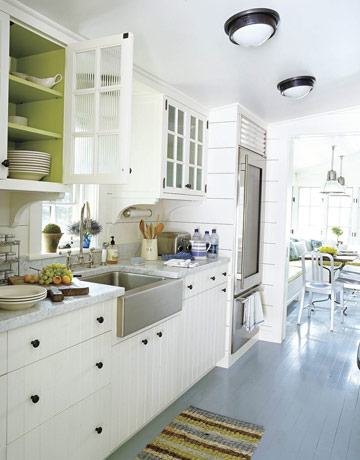 White.kitchen.fab