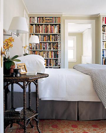 Books.in.bedroom